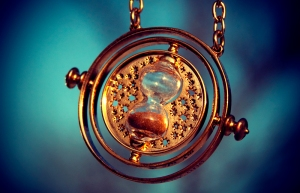 time_turner_by_lilyredhaired-d4oulyp